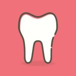 Śliczne zdrowe zęby również powalający przepiękny uśmieszek to powód do zadowolenia.